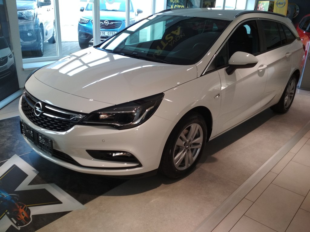 Opel Astra  Sports Tourer Enjoy D 16 DTL